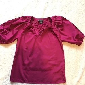 Attention shirt with bubble sleeves